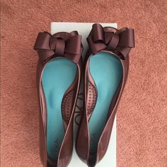 Jelly Flats!! Oka-B Jelly Flats with bows Super cute and really comfy! colorbis a grayish brown. Shoes Flats & Loafers