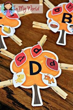 FREE Autumn / Fall Preschool Centers leaves beginning sounds and upper and lower case letter matching activity