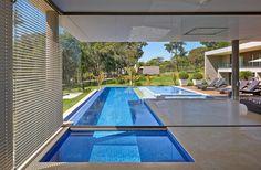 Piscina e SPA, Casa Amendoeiras.: Piscinas modernas por Beth Marquez Interiores