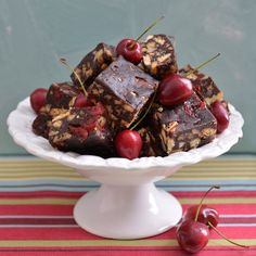 Nibble on these splendid Chocolate, Cherry and Pecan Nut Squares even when you're on a tight budget. Hot Chocolate Sauce, Chocolate Cherry Cake, Chocolate Squares, Pecan Desserts, Pecan Nuts, Eat Dessert First, Let Them Eat Cake, Tray Bakes, Fudge