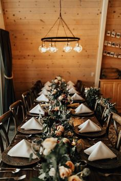 This Mount Rose Trail wedding is authenticity at its finest and features a romantic hillside ceremony, an intimate dinner party, and sweet boho vibes.