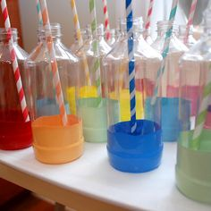 Fun idea for a kid's party - dip the bottom of plastic bottles into paint for personalized soda bottles. Adorable!