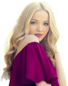 Dove Cameron (born Chloe Celeste Hosterman, January is an American actress and singer. Beautiful Celebrities, Beautiful Actresses, Dove Cameron Style, Dove Cameron Cloud 9, Dove Cameron Bikini, Corpo Sexy, Photographie Portrait Inspiration, Most Beautiful, Beautiful Women