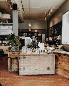 Industrial Coffee Shop, Rustic Coffee Shop, Vintage Coffee Shops, Cozy Coffee Shop, Rustic Cafe, Cozy Cafe Interior, Bakery Interior, Coffee Shop Interior Design, Coffee Shop Design