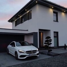 Image shared by Find images and videos about luxury, goals and home on We Heart It - the app to get lost in what you love. Mercedes Auto, Carros Mercedes Benz, Future Car, Future House, Dream Cars, Mercedez Benz, Lux Cars, Best Luxury Cars, Car Goals
