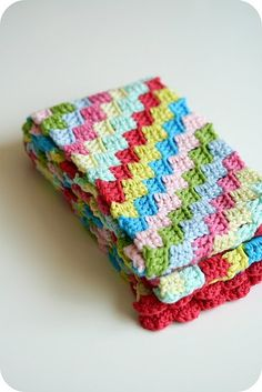 Diagonal crochet stitch. Love the colors.