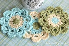 Cherry blossom season is almost over but crochet these cute Japanese flower coasters to have a sign of spring all year round. Pattern by Daisy Cottage Designs.
