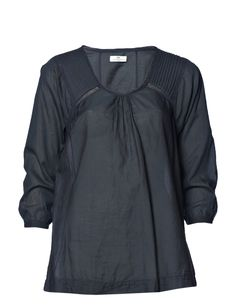 Day Birger et Mikkelsen - Day Lily top in shadow.