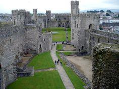 Britain Visitor Blog: Caernarfon Castle