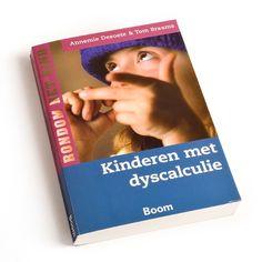 Kinderen met dyscalculie - Kinderen met dyscalculie hebben vaak veel weerzin tegen rekenen. Dit boek helpt ouders en leerkrachten om hen zo te begeleiden dat rekenen weer leuk wordt.