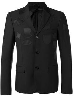 ALEXANDER MCQUEEN Logo Patch Blazer. #alexandermcqueen #cloth #blazer