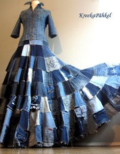 Patchwork Clothes Old Jeans Upcycle 68 Ideas - Deutschland Ideen Fashion Sewing, Denim Fashion, Fashion Outfits, Denim Patchwork, Patchwork Dress, Diy Vetement, Mode Jeans, Jeans Fabric, Denim Ideas