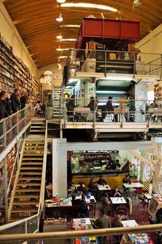 LX Factory, Ler Devagar Lissabon