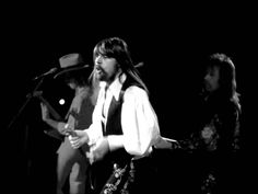 Bob Seger LIVE at Cobo (unreleased full concert) - June 15, 1980 (part 1...  .... what concerts used to be before they became all hype, smoke and mirrors.... it was called talent! man, do I miss music like this....Travelin' Man.....oooooooooo....