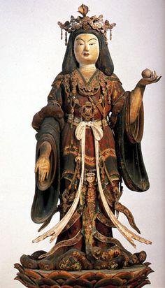 吉祥天立像-kisshouten-(Laksmii) One of bodhisattvas. God which means prosperity and a fortune and expresses happiness, beauty, and wealth. 浄瑠璃寺(zyoururiji)