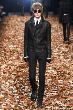 John Varvatos Fall 2015 Menswear - #runway #fall #winter #catwalk