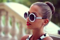 beautiful, blog, blogger, bun, clothes, fashion, girl, glasses, hair, kenza, kenza zouiten, kenzas, kenzas.se, luxury, model, outfit, photography, red lips, red lipstick, style, sunglasses, sunnies, swedish, women