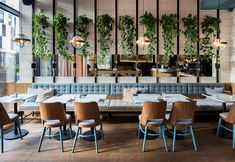 Cosy minimalist interior design inspired by the modernism style. Bistro Design, Coffee Shop Design, Modern Restaurant Design, Bistro Restaurant, Restaurant Concept, Bistro Interior, Bar Interior Design, Commercial Interior Design, Design Café