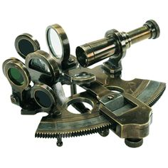 Model of an antique sextant. Excellent inspiration. Also: I WANT THIS SO MUCH I THINK MY HEAD MIGHT EXPLODE.