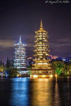 Las Fotos Mas Alucinantes: Pagodas de Guilin, China Pinned by www.LKnits.com