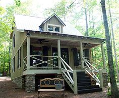 794sq.ft. If I was going to live in a tiny house, I could live in this one.