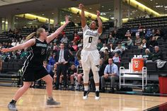 Women's Basketball Advances to the Second Round of the