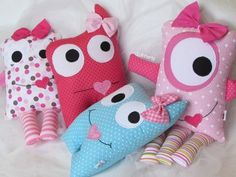 Kids Pillows, Animal Pillows, Sewing For Kids, Diy For Kids, Granny Gifts, Monster Toys, Fabric Toys, Sock Animals, Creation Couture