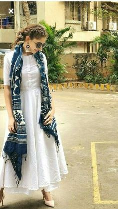 Designer dresses indian - Indian bolywood summer maxi dress with skirt with indigo Etsy Casual Indian Fashion, Indian Fashion Dresses, Indian Gowns Dresses, Dress Indian Style, Look Fashion, Pakistani Dresses, Indian Outfits Modern, Indian Fashion Trends, Fashion Suits