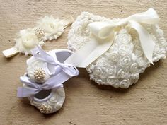 Your place of fashion Baby Baptism, Baptism Ideas, Baby Wedding, Wedding Ideas, Baby Bloomers, Shabby Flowers, My Baby Girl, Little Princess, Baby Headbands
