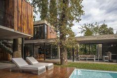 Gallery of ARANZAZU House / Besonias Almeida Arquitectos - 19