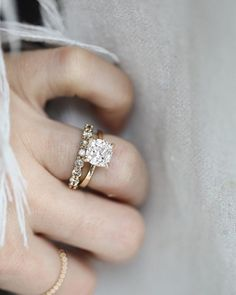 Rings Engagement - Solitaire engagement rings are simple yet beautiful. Here's why we love them (and how much you can expect to pay for each). Wedding Rings Solitaire, Wedding Rings Vintage, Wedding Jewelry, Square Wedding Rings, Boho Wedding Ring, Wedding Band Sets, Gold Wedding Rings, Bridal Rings, Diamond Wedding Bands