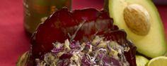 Rode koolsla met avocado mayonaise #amanprana #noblehouse #salade #avocado #mayonaise #gezond #bio #natuurlijk #olijfolie #olie #olijf #hermanoscatalan