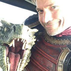 Nikolaj Coster Waldau behind the scenes, game of thrones season 7 funny humour meme cast, Jaime Lannister