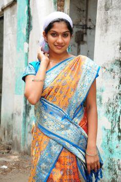 Swasika Photos - Swasika in Saree Indian Long Hair Braid, Braids For Long Hair, Indian Film Actress, Indian Actresses, Indian Contemporary Art, South Indian Film, Celebrity Gallery, South Actress, Indian Beauty Saree