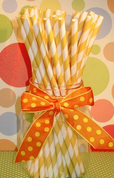 Love, Love, LOVE these vintage straws!