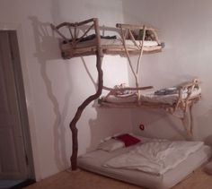 Kid's bed from (urban Berlin) forest wood / Linus Strothmann on Instructables