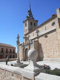 Iglesia de Santiago , desde la carretera