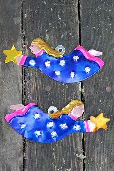 Set of 2 - flying Angels - Hand made in Oaxaca, Tin ornaments - Mexican Folk Art