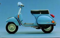 Vespa Px, Piaggio Vespa, Vespa Lambretta, Vespa Scooters, Classic Vespa, Classic Cars, Miniatur Motor, Scooter Garage, Best Scooter