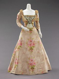 Dress, Evening      (attributed) Charles Frederick Worth, Bourne       (attributed) Jean-Philippe Worth       ca. 1897