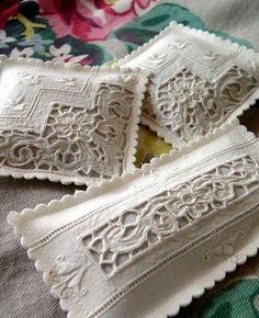 Lavender sachets from vintage linens. Make with Hardanger instead? Lavender Bags, Lavender Sachets, Fabric Crafts, Sewing Crafts, Sewing Projects, Pin Cushions, Pillows, Decoration Shabby, Linens And Lace