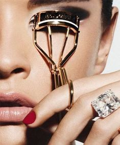 8 Best Eyelash Curlers - Turn around, bright eyes. These eyelash curlers will give you that wide-awake look you crave