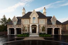 PCM Project & Construction Management Inc. - Your builder of new, luxury, custom built homes in Oakville and Mississauga. New Homes Oakville. French Mansion, Houses Architecture, Luxury Garage, Garage House, Car Garage, Custom Built Homes, House Goals, My Dream Home, Dream Homes