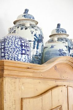 Prop Stylist, photography and decorating. Blue Rooms, White Rooms, Antique Cupboard, Johann Wolfgang Von Goethe, Hearth And Home, Blue And White China, White Orchids, Japanese Design, Ginger Jars