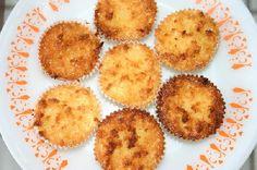 A Queijadinha Especial fica macia, molhadinha e muito saborosa. Você pode fazer para o lanche da família ou vender em potinhos. De qualquer maneira, será u