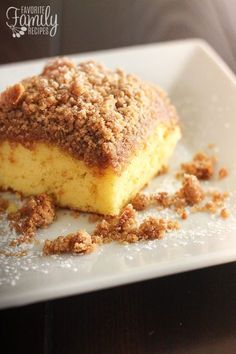 This Cake Mix Coffee Cake is so easy and yummy! I am a big fan of quick desserts, especially treats with buttery cinnamon and sugar crumb toppings. Cake Mix Coffee Cake, Crumb Coffee Cakes, Pumpkin Coffee Cakes, Pumpkin Cake Recipes, Cake Mix Recipes, Dessert Recipes, Brunch Recipes, Sweet Recipes, Delicious Desserts