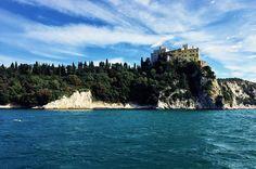 Cool place near my city Trieste  #tb #tbt #summer #sailing #trieste #triestesocial #discovertrieste #igersts #igersfvg #duino #adriaticsea #italy #sea #castle #seacastle #fortress #cliff #vsco #neocha