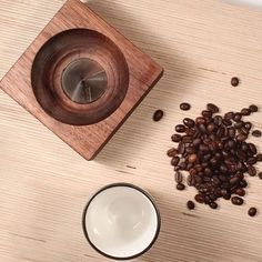 @earthbeancoffee and @fishtnk give me a look  at one the coolest wood pourovers ever. #woodwork #coffeebrewing #coffeebrew #pourover #pourovers #coffeepourover