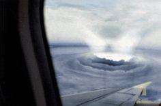 태풍의 눈.gif
