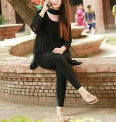 ąცı Beautiful Suit, Beautiful Girl Image, Beautiful Dresses, Girls Dp Stylish, Stylish Girl Images, Pakistani Dress Design, Pakistani Dresses, Eastern Dresses, Girls Black Dress